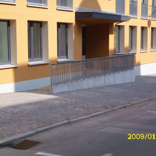 Neubau Barrierefreier Zugang nach Sanierung MFH Saalfeld