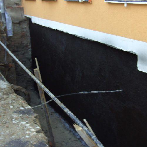 Kellerabdichtung im Straßenbereich Umbau/ Sanierung MFH Saalfeld